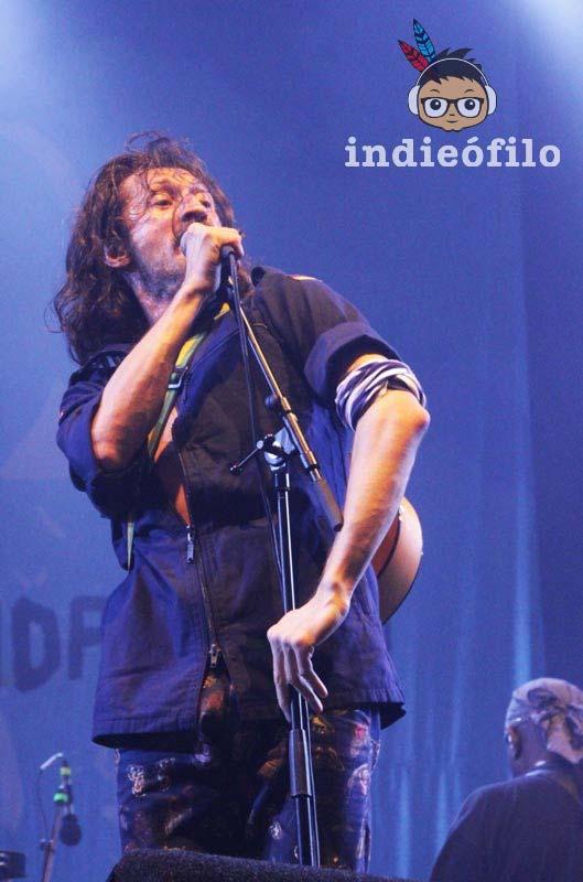 Lowlands 2014 - Gogol Bordello (8)