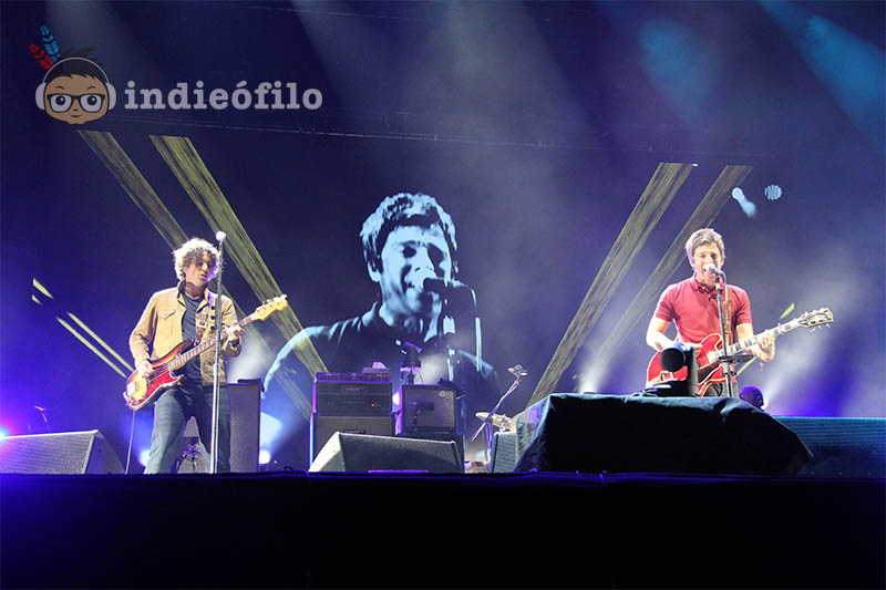 Noel_Gallaghers_High_Flying_Birds_2_FIB_2015
