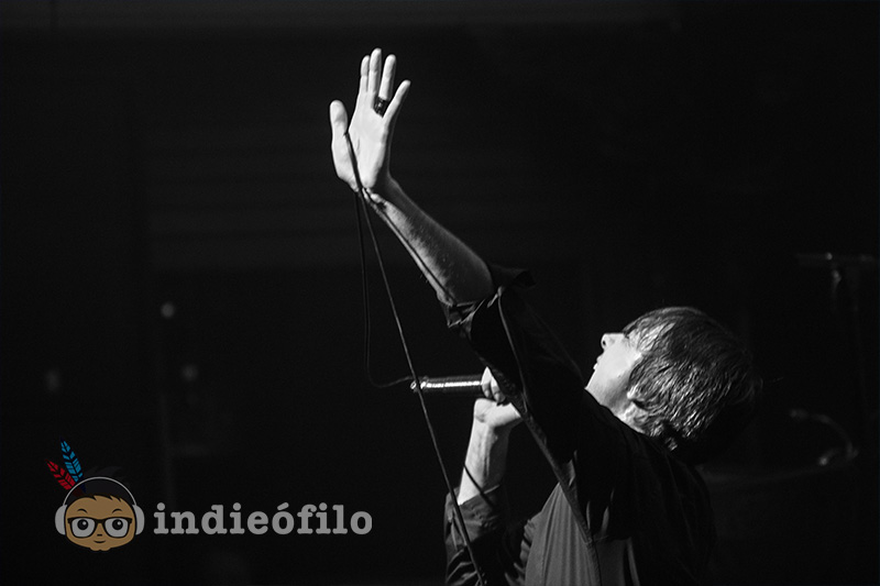 Suede - 29th January 2016 Amsterdam (14)