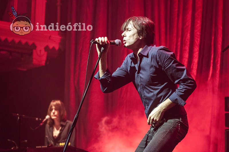Suede - 29th January 2016 Amsterdam (7)